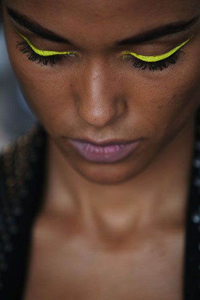 Yellow Cateye Eyeliner