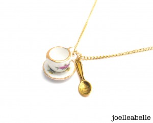 joelleabelle cup and saucer necklace