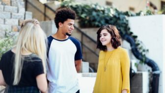 5 Effective Ways To Stand Up To Peer Pressure